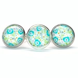 Post earrings with matching adjustable ring